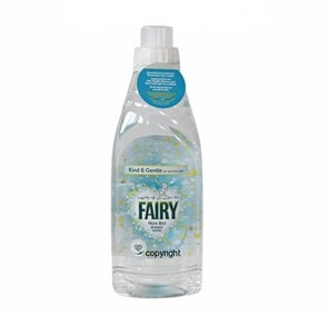 Fairy Non Bio Ironing Water Hipoalergiczna woda do żelazka 1l